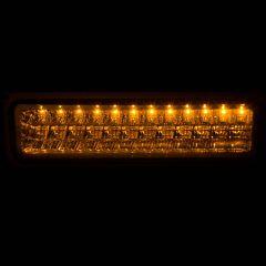 CHEVY/GMC C/K1500/2500 88-98 / C/K3500 88-00 / SUBURBAN 92-99 / BLAZER (full-size) 92-94 / TAHOE 95-99 / YUKON 92-99 L.E.D PARKING/SIGNAL LIGHTS CLEAR CHROME
